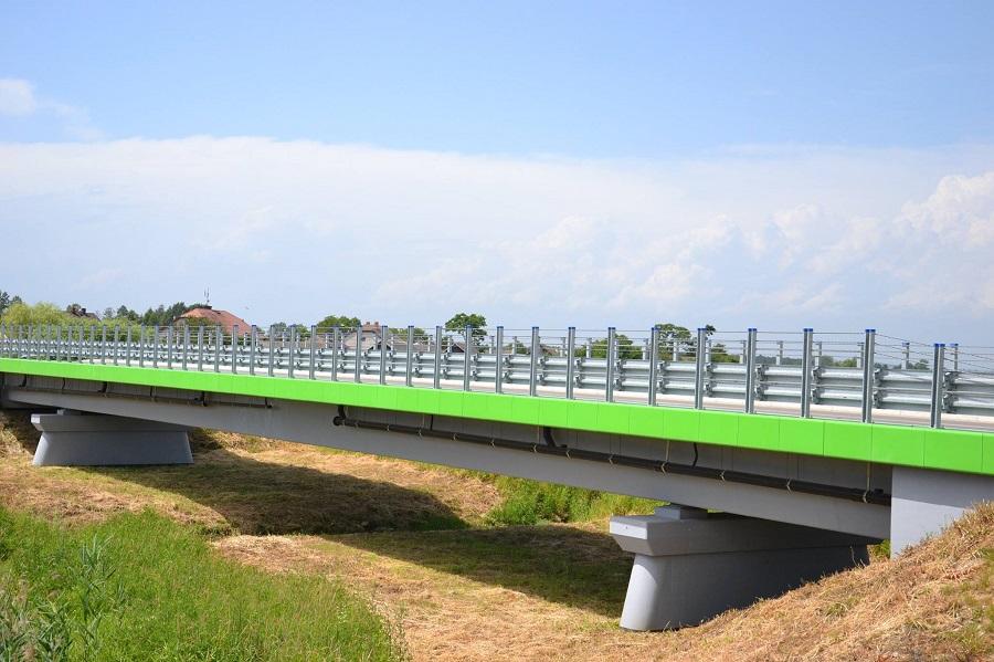 Uroczystość nadania imienia płk. Władysława Kabata mostowi na rzece Kisielina w Jadownikach Mokrych